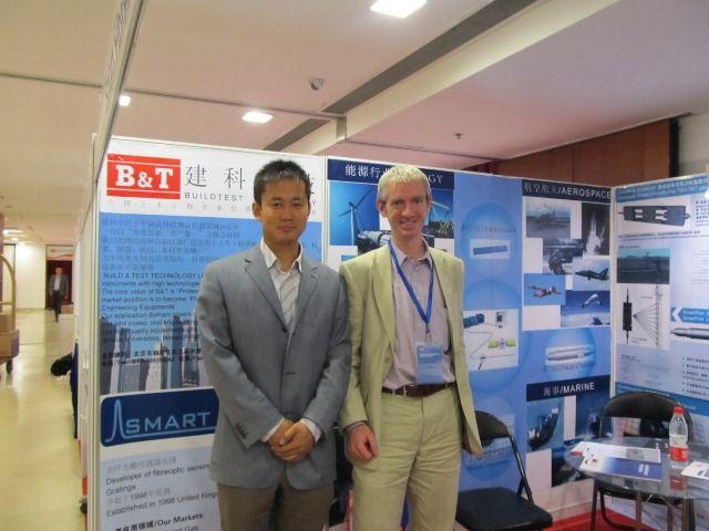 2012年平博app科技与smartfibres参加北京第22届国际光钎传感器大会